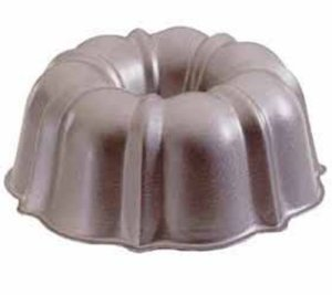 This is a bundt pan.